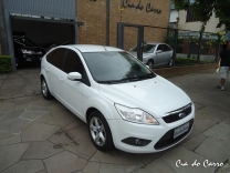 FOCUS HATCH 1.6 GLX AIR.BAG E ABS IPVA 2014 PAGO